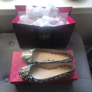 Like New Authentic Tory Burch Claire Ballet Flats!
